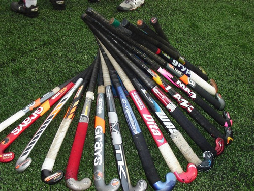 how to choose the right field hockey stick